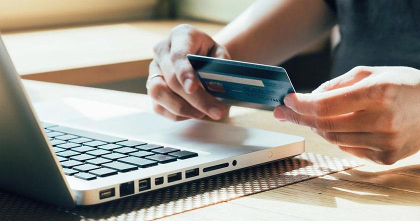 Как снять деньги с Приватбанка без комиссии