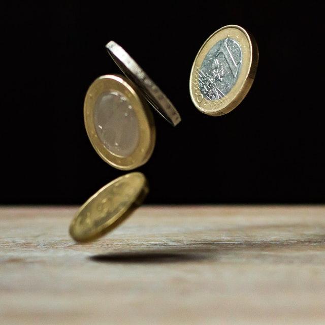 Как перевести деньги клиенту Сбербанка без комиссии